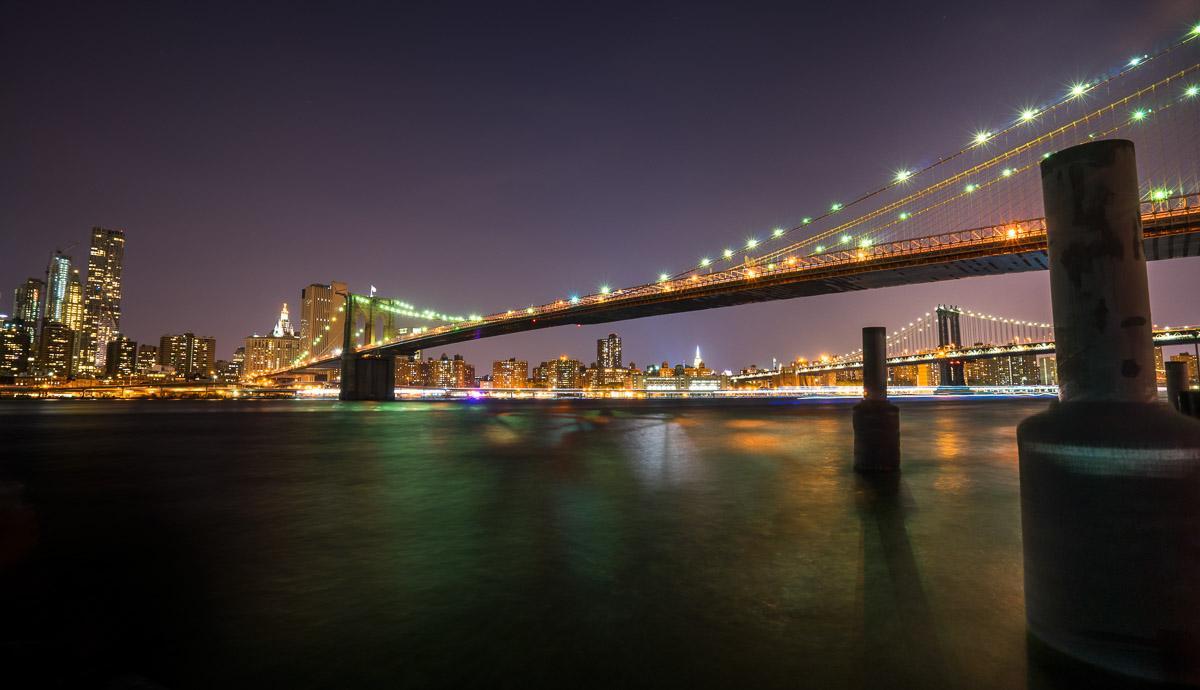 der blick von long island city und die brooklyn bridge. Black Bedroom Furniture Sets. Home Design Ideas